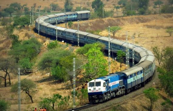 Railways, Railtel Sign MoU to Upgrade Signals
