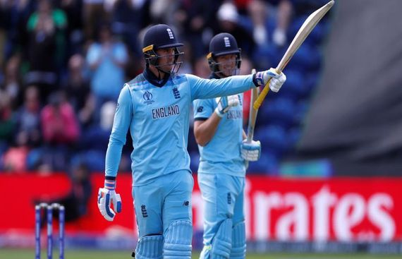 England Elect to Bat Against New Zealand