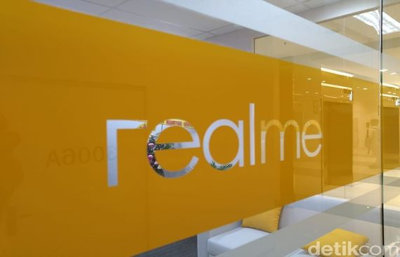 Realme Ups the Ante, Eyes Top Spot in Diwali Online Sales