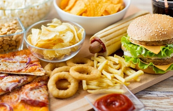 High Calorie Diet Causes Brain Health to Decline Faster: Study