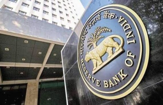 RBI Suggests Fin Min to Align Small Savings Rate