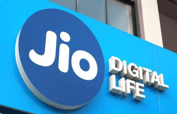Jio Slashes tariff on Voice Calls