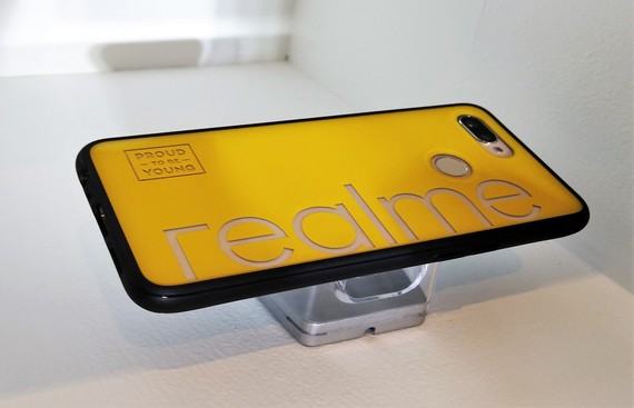 Realme Aims at 12-15% Share in Smartphone Market