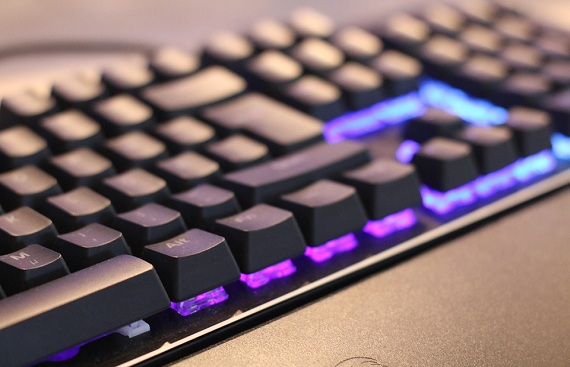 5 Things to consider while buying a gaming keyboard