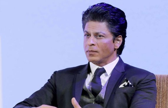 SRK Imparts Wisdom to Aryan About being True king
