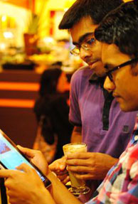 Indian grads app becomes a huge hit after Steve Jobs' praises