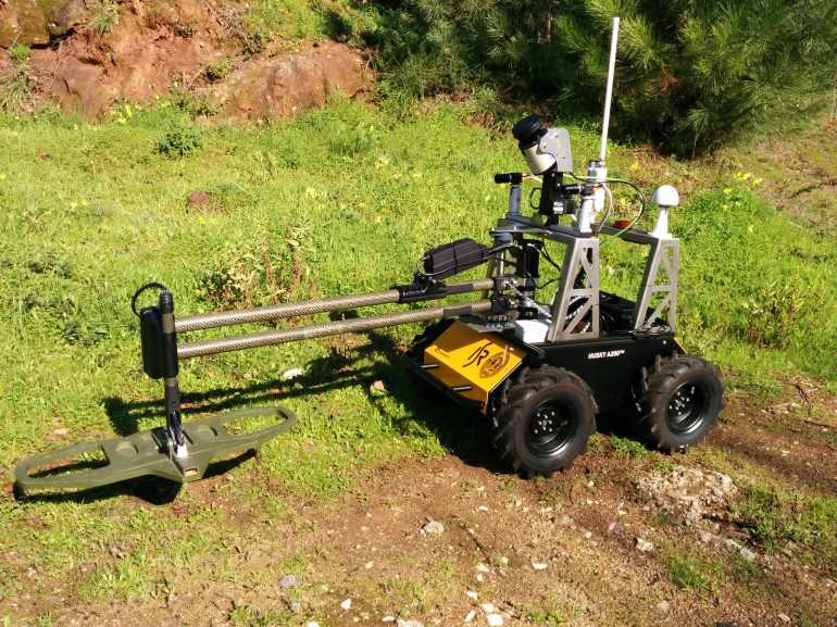 minesweeper robot