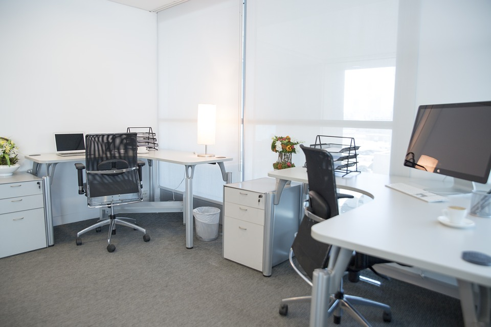 Benefits of Renting Furnished Office Space