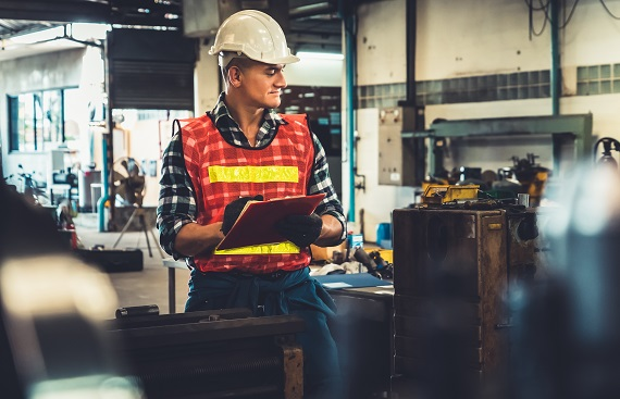 8 Tips For Maintaining Manufacturing Equipment