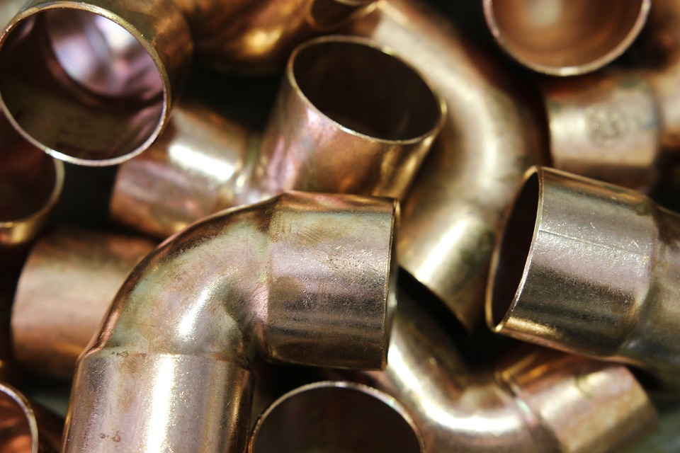 DIFFERENT TYPES OF PIPE FITTINGS AND HOW THEY ARE USED