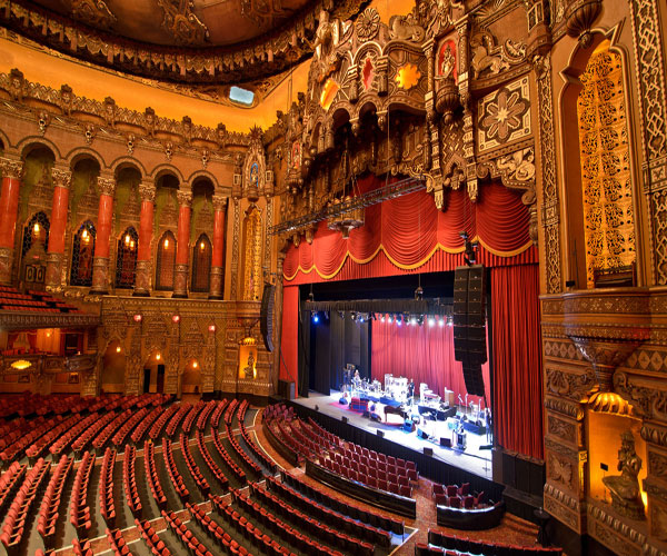 A Magnificent Fox Theatre Wedding Day