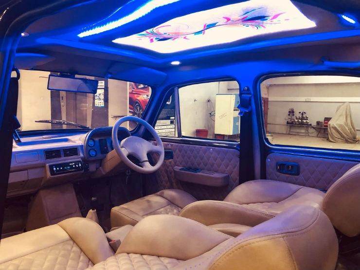modified Hindustan Ambassador interior