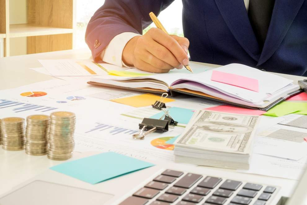 3 Ways to Save Money on Business Expenses