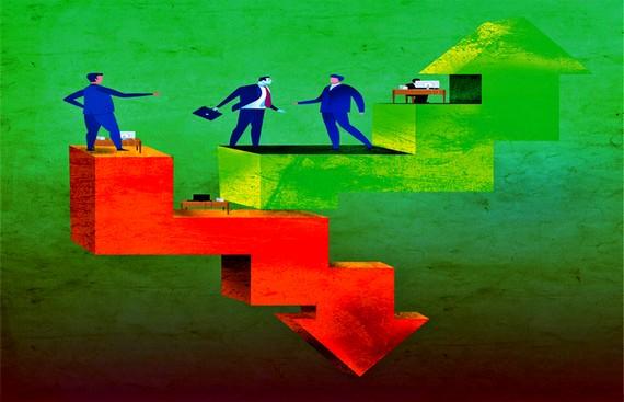 Layoff VS Hiring - Dell Announces Job Cuts, Flipkart to Create 70000+ Jobs for Festive Season