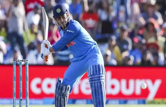 Dhoni rises in latest ICC ODI rankings for batsmen