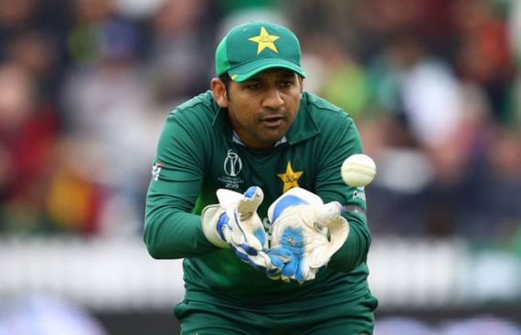 Sarfaraz Warns Teammates of Backlash at Home