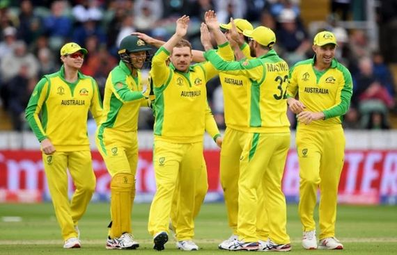 Amir's five-for goes waste as clinical Oz beat Pakistan