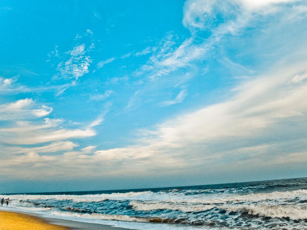 paradise beach pondi
