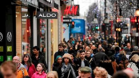 Oxford Street popular shopping places in london