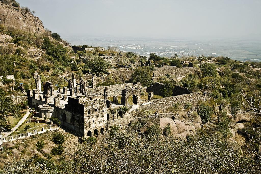 kondapalli fort Kondapalli Andhra Pradesh