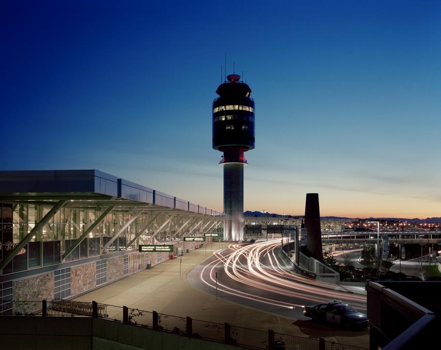 Amazing Airports