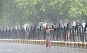 Rainy Monday in Delhi