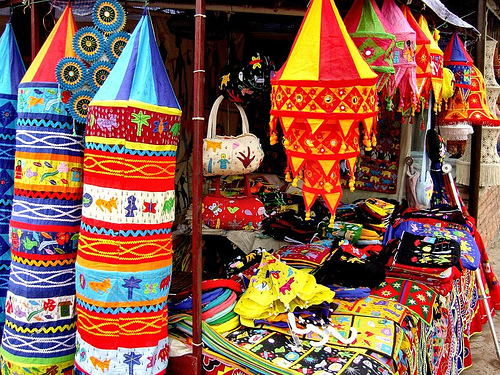 Best Places To Buy Handicrafts In India