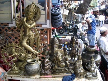 Chor Bazaar shopping places mumbai