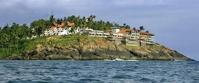 famous places in kovalam