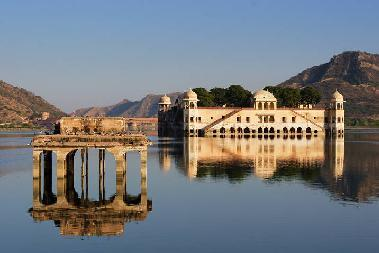 Places to see in Amer Fort