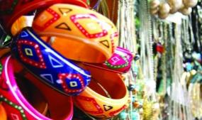 10 Best Street Shopping Places in India