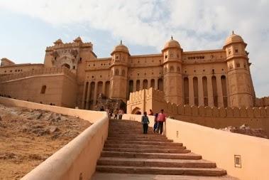Places to see in Jantar Mantar Jaipur